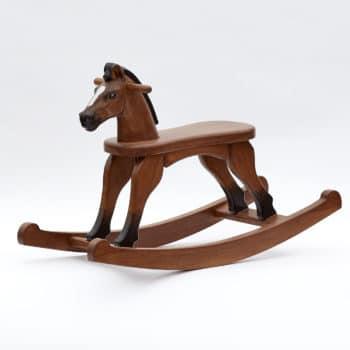 Dřevěný houpací koník v barevném provedení hnědák