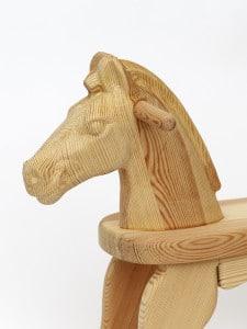 Houpací koník v přírodním provedení - detail hlavy