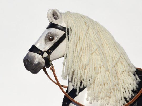 Dřevěný kůň jako živý - Čenda 53 bělouš, detail hlavy