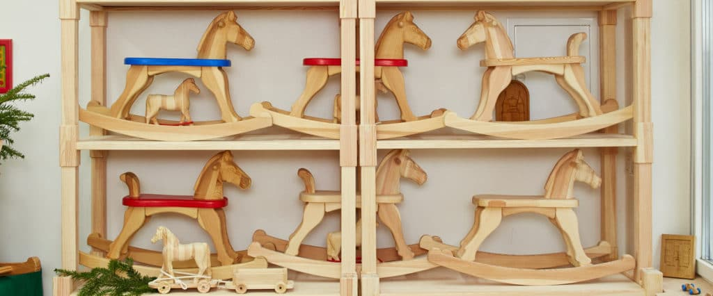 Wooden rocking horses with seat height 28 cm.
