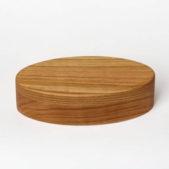 Středně velká šperkovnice z ušlechtilého dřeva